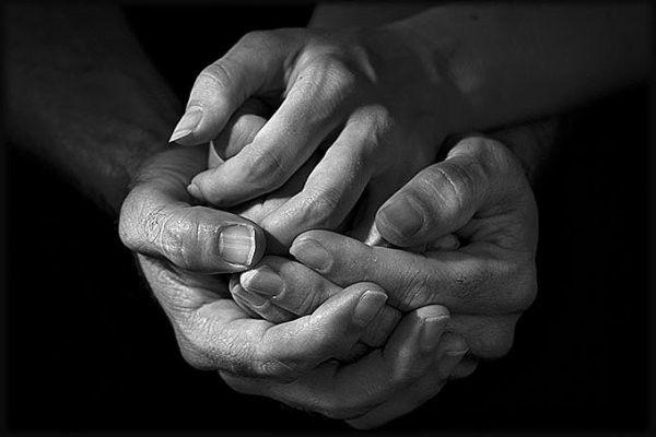 Les mains 3bf6cfa8