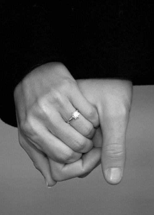 Les mains 51926e6c