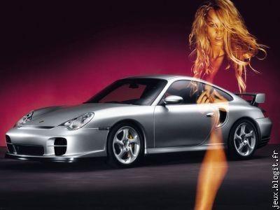 Femme avec voiture